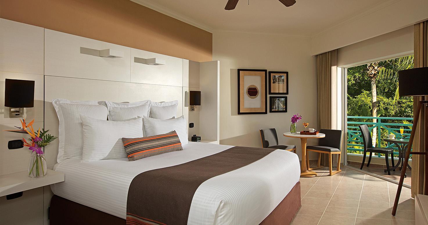 Hilton La Romana All Inclusive Family Resort Punta Cana